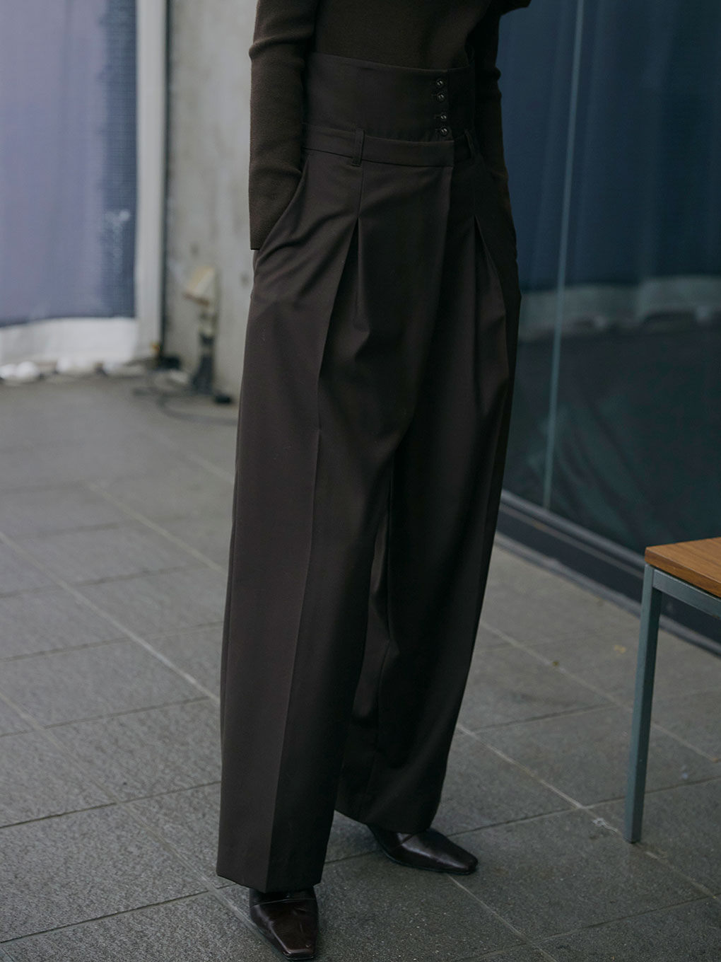 UNDRESSED HIGH WAIST TAPERED PANTS