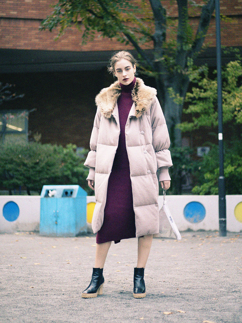 OVAL LINE DOWN COAT