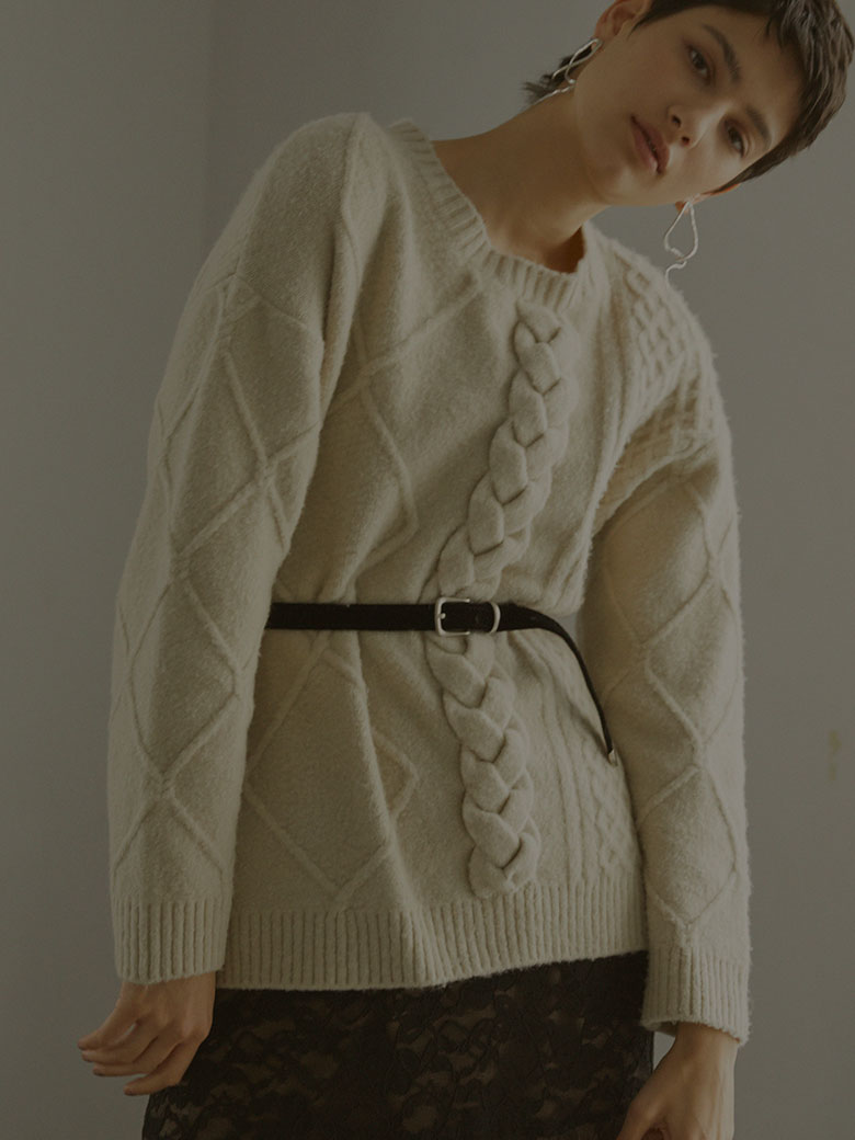 UNDRESSED ASYMMETRY CABLE KNIT