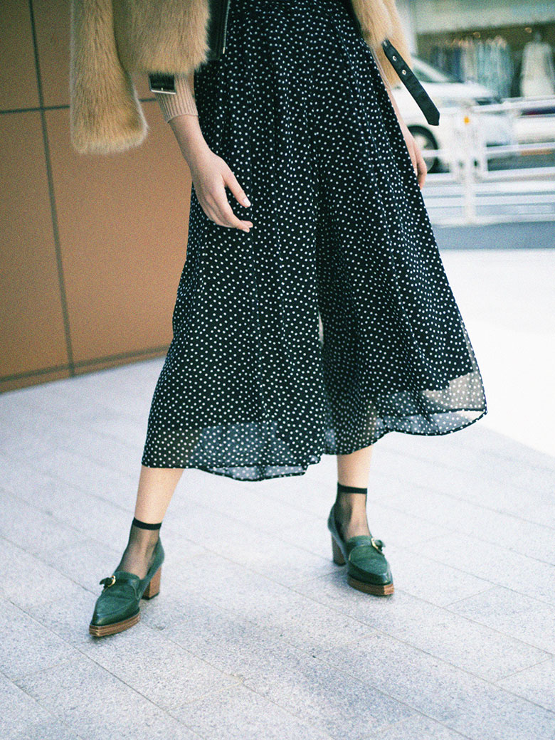 DOT TUCK WIDE PANTS
