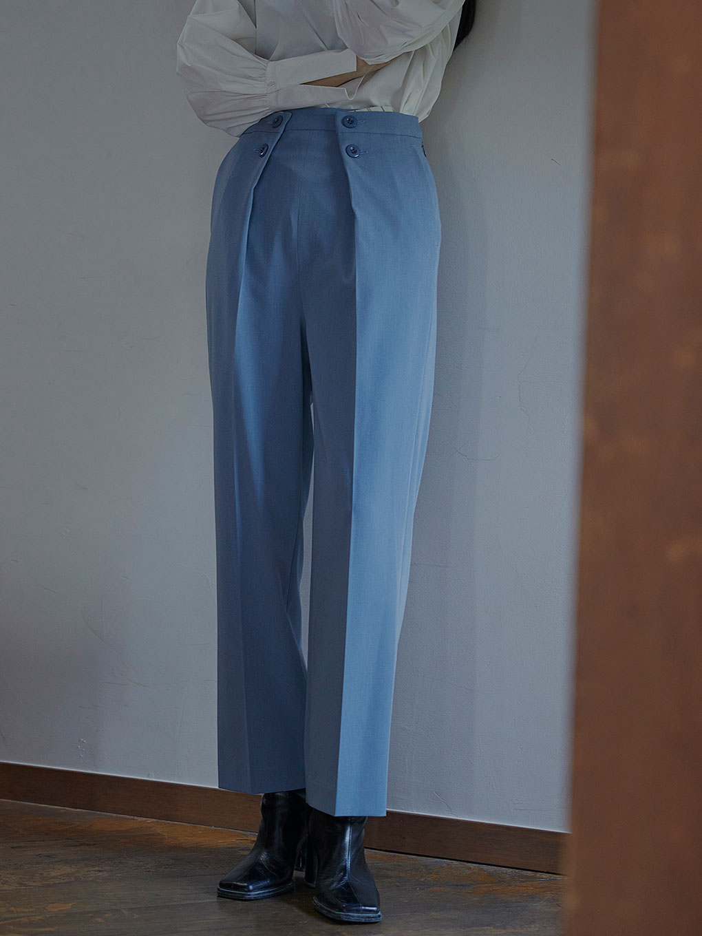 LAPEL TAPERED PANTS